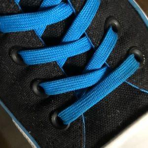 EUC CONVERSE Chuck Taylor® All Star Sneaker M9.5